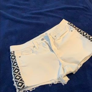 High rise shortie White with black